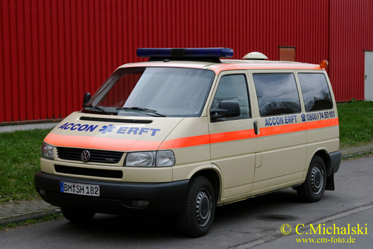 KTW Accon Krankentransport - Wagen 67 a.D. (2)